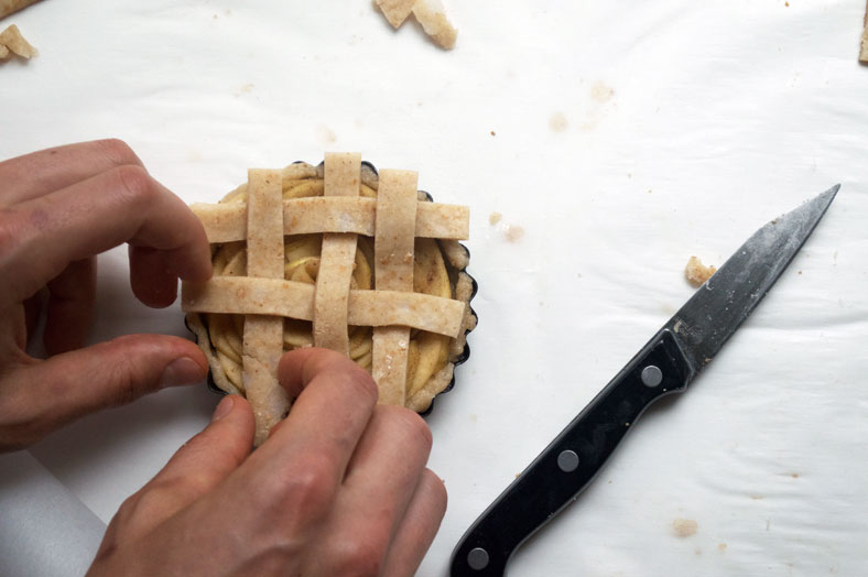 creating the lattice top of vegan apple pie